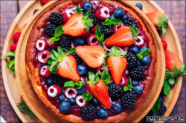 Простой фруктовый пирог на кислом молоке в мультиварке (рецепт)