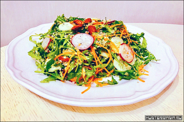 Салат с киноа и рукколой (рецепт)